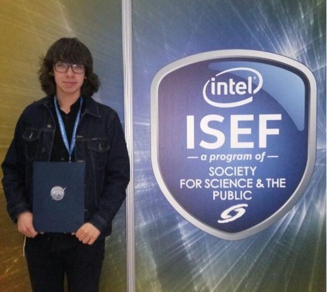 El joven catalán, en la Intel ISEF