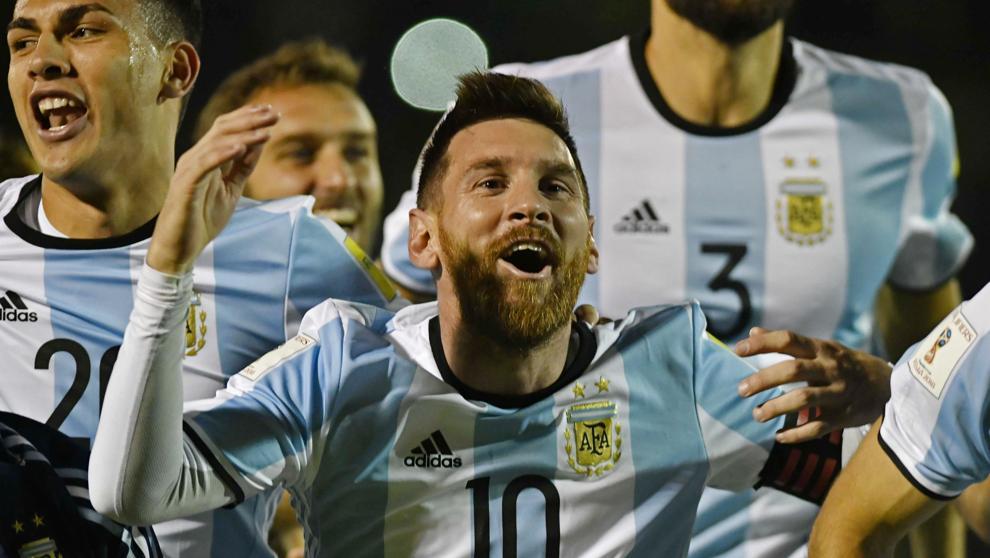 Messi obra el milagro de llevar a Argentina al Mundial