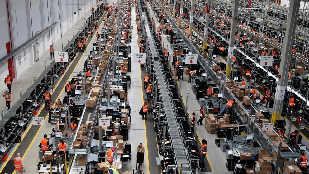 Los ingresos de las empresas trepan el 6% y suman 14 meses de subidas