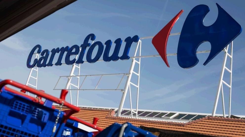 Carrefour abre el primer hipermercado 24 horas de España