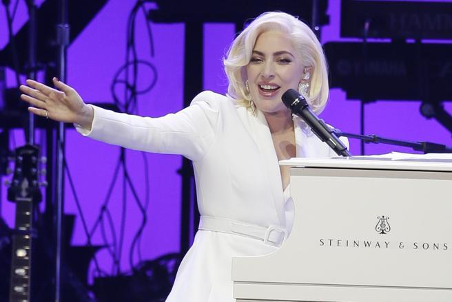 Lady Gaga, durante un concierto benéfico en el College Station de Texas
