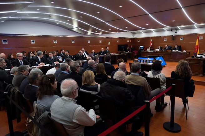 Vista de la Audiencia Provincial de Álava, donde hoy arranca el macrojuicio en el que están imputados 26 ex altos cargos del PNV alavés y exmiembros del gobierno de Juan José Ibarretxe