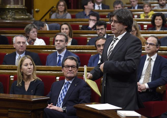 Puigdemont durante su investidura