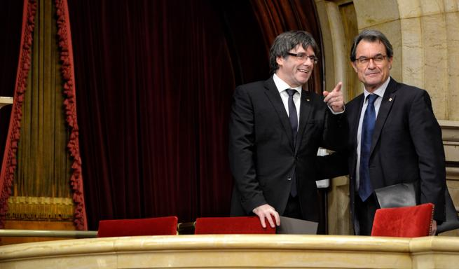 Mas y Puigdemont en el Parlament de Catalunya el pasado 10 de octubre