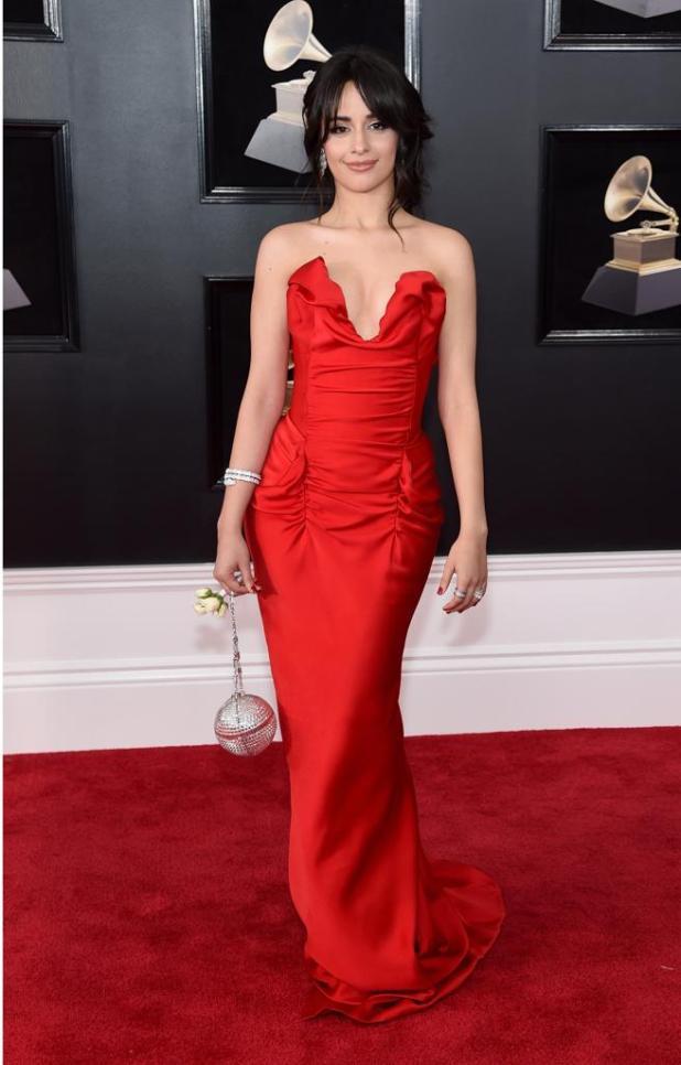 Camila Cabello en la alfombra roja de los premios Grammys