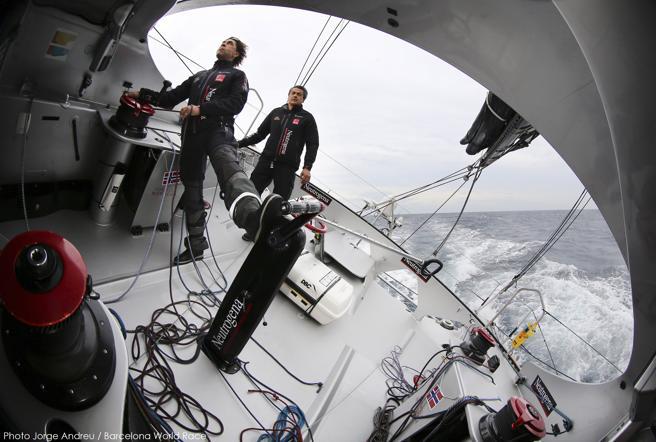 La Barcelona World Race es una regata de vuelta al mundo a vela con dos tripulantes y con salida y llegada en Barcelona