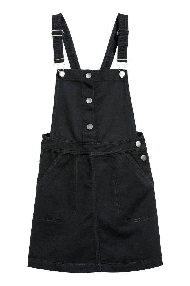 Vestido peto de H&M (29,95€)