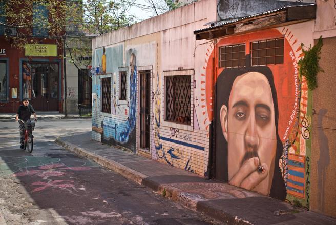 Mural en una de las calles de Palermo, Buenos Aires