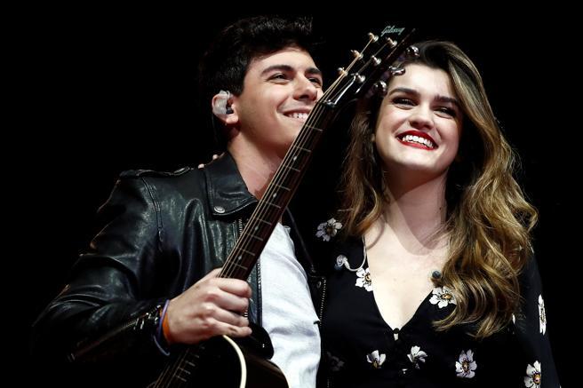 GRAF0009. MADRID, 24/03/2018.- Actuación de Amaia y Alfred durante el concierto solidario La Noche de Cadena 100 que tiene lugar esta noche en el Wizink Center de Madrid. EFE/Mariscal