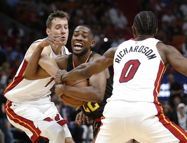 Los Heat sacaron una gran victoria en la pista de los Hawks que confirma prácticamente su participación en los próximos Playoffs.