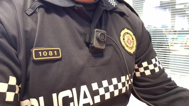Nuevo modelo de cámara de la policía de Sant Adrià