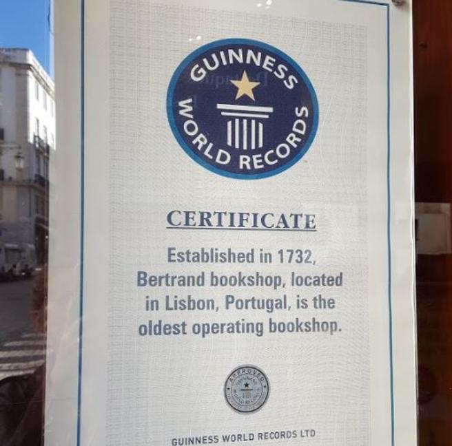 Certificado de antigüedad de la Librería Bertrand de Lisboa