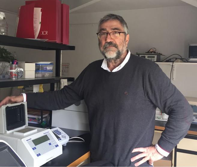 Ignasi Romagosa, en su laboratorio