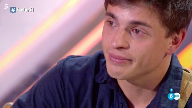 'Factor X': Cesc nos deja sin palabras con su voz y la bonita historia que hay detrás de su composición
