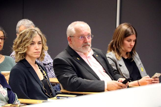 La directora de Relacions Exteriors, Marina Falcó, y el exconseller de Cultura, Lluís Puig, en el acto de ayer en Bruselas
