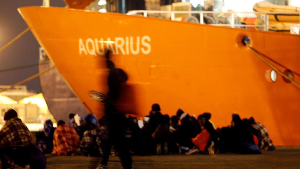 Resultado de imagen de barco de refugiados aquarius