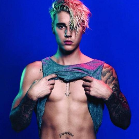 Justin Bieber Rinde Tributo A Dios Con Un Tatuaje En La Cara