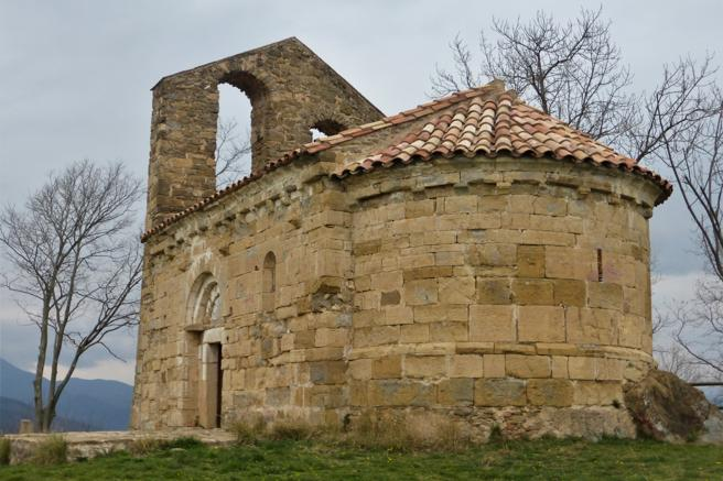 Ermita Sant Miquel del Mont en la Garrotxa