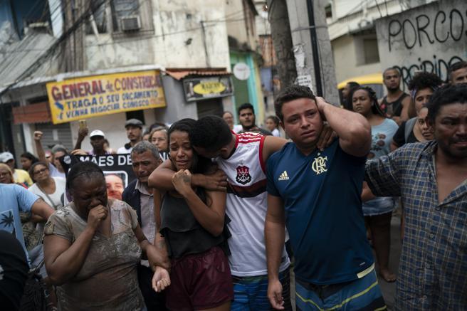 Familiares de Ágatha Félix lloran la muerte de la pequeña