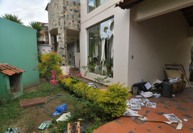 La residencia de Cochabamba  ha sido destrozada por los vándalos