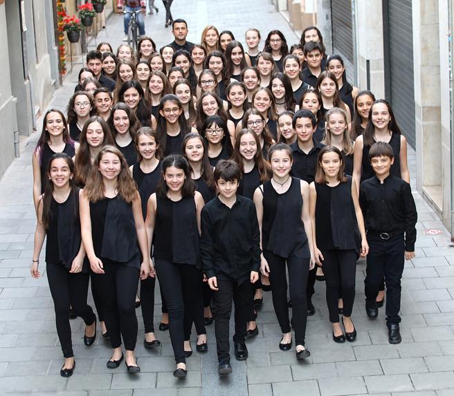 Young people of the Cor Infantil Amics de la Unió de Granollers