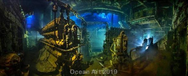 Sala de máquinas de un barco hundido, en una de las fotos premiadas en la competición de fotografia submarina