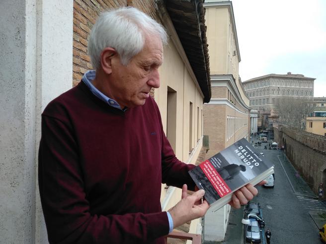 El escritor italiano Roberto Ippolito publica en 'Delita Neruda' su tesis