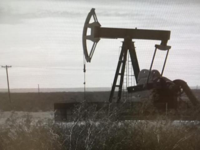 Una excavación petrolífera en la reserva osage / Random House