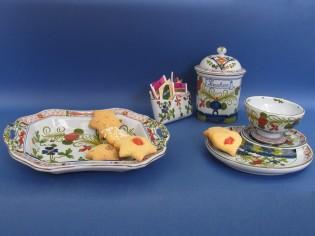 servizio per la colazione in ceramica di Faenza
