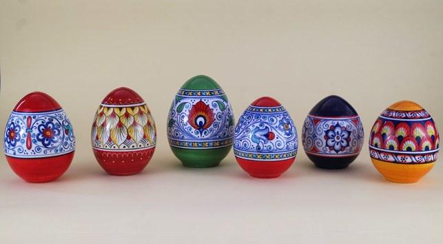 uova di pasqua 2020 in ceramica di Faenza