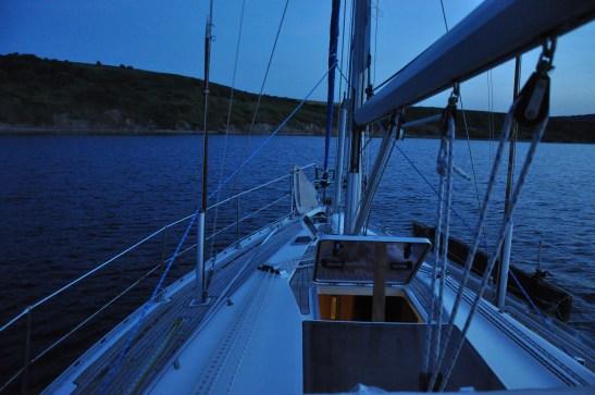 Mar di Marmara: un tranquillo ancoraggio per la notte.
