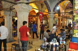 Turchia, Istanbul: atmosfere da Gran bazar.