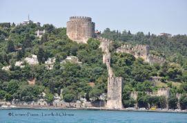 Turchia, Bosforo, antichi bastioni bizantini.
