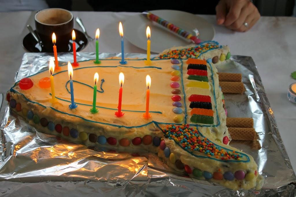 Geburtstagskuchen Rakete