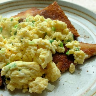 Quick Cheese and Chive Scrambled Eggs on Toast