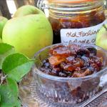 Old Fashioned Apple Chutney