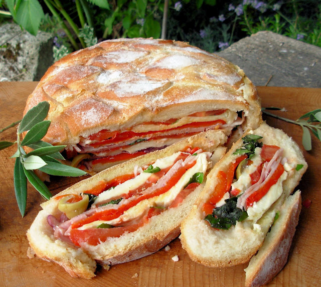 French Summer Picnic Sandwich ~ Pan Bagnat