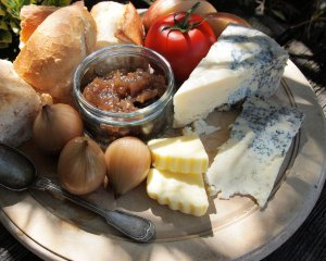 Dorset Blue Vinny Ploughman's Lunch
