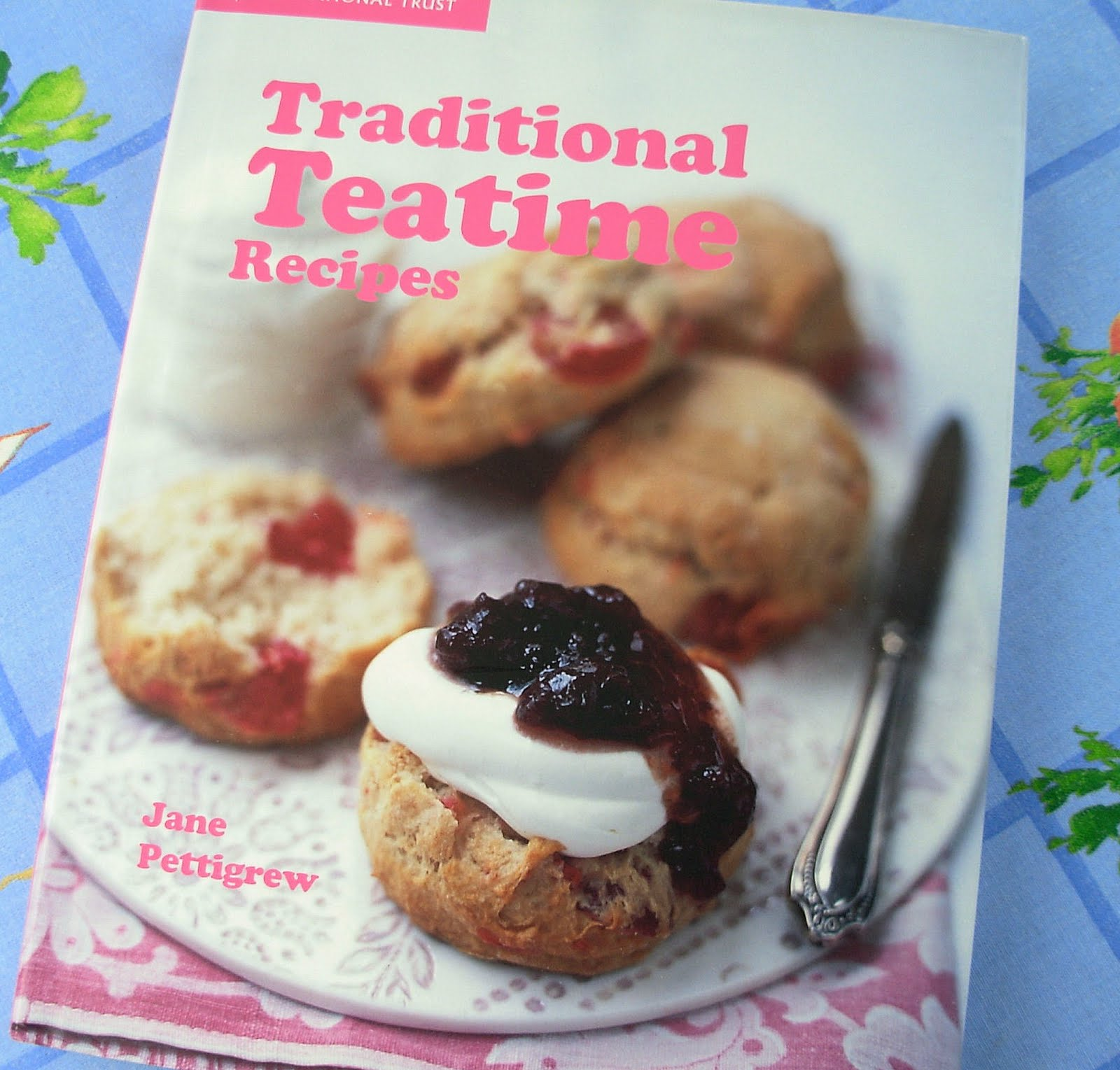 The Big Tea Time Random Recipes Round-Up! Cakes, Pies and Biscuits