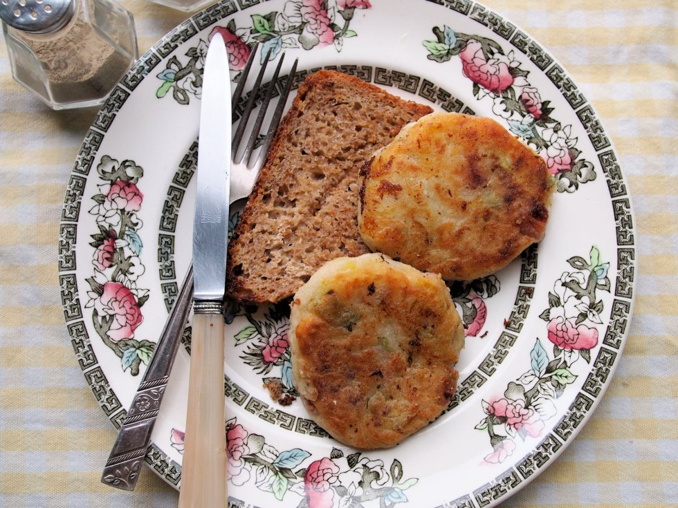 Wartime Bacon and Potato Cakes