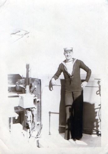 Robbie Burns HMS Wren 1951
