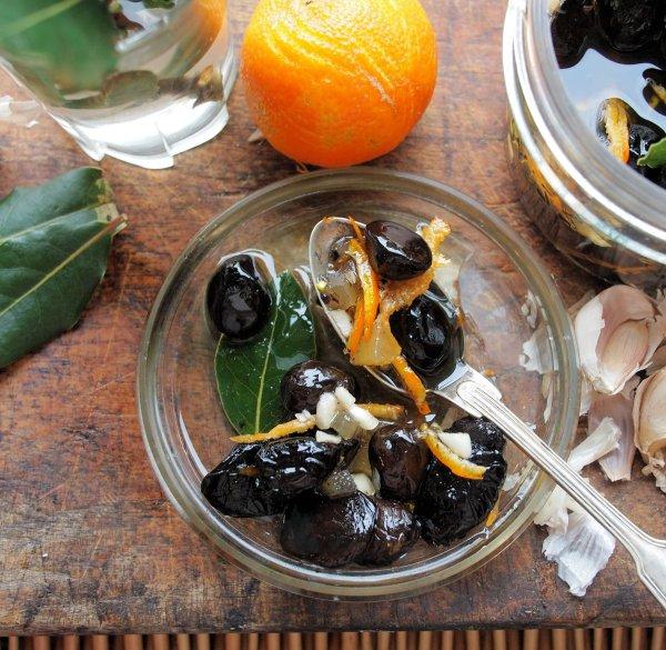 Bay, Ginger and Orange Marinade for Olives