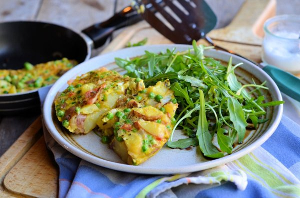 A Spring Fling Recipe for the 5:2 Diet! Low-Calorie Minted Pea & Vegetable Frittata - 200 calories