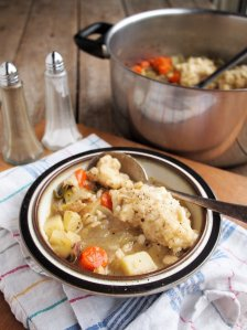 Low Food, Hate Waste for Thrifty Thursday: Home-Made Chicken Stock Recipe