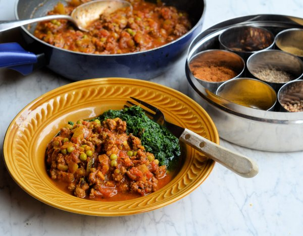 Memories of Hong Kong and a New 5:2 Diet Recipe: Minced Beef and Mint Kheema