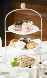 Giveaway: Bettys Champagne Afternoon Tea for Two at Harrogate or York (Worth £65:90)