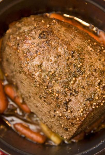 Giveaway: Win a 4.7Litre Crock-Pot Stoneware Slow Cooker (RRP £89)