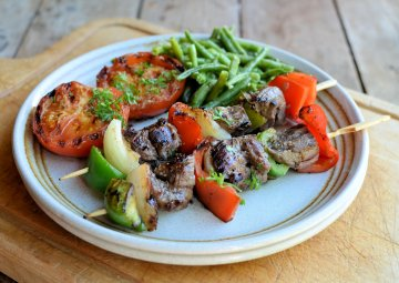 Barbecue Beef and Pepper Skewers