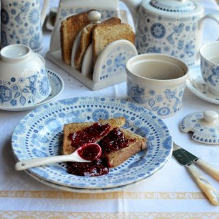 Breakfast with Churchill, Toast and Jam and Breakfast Porridge with Maple Syrup & Pecans
