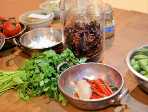 Fresh and dried ingredients